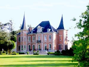 Le château du Boucheron à Bosmie l'Aiguille