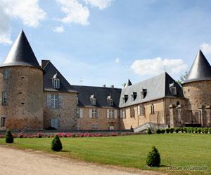Cour intérieure du château de Rochebrune