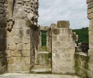 Dans une tour du château de Crozant