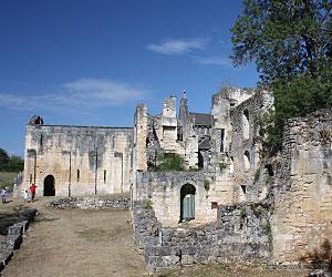 Extérieur de l'abbaye de Boschaud