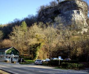 Entrée de la grotte de Font-de-Gaume