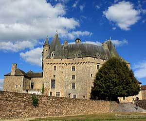 Château de Jumilhac, façade côté jardins