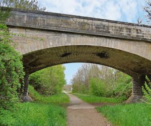 Pont au-dessus de la voie verte