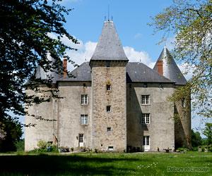 Façade du château de Brie