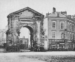 Ancienne porte Tourny
